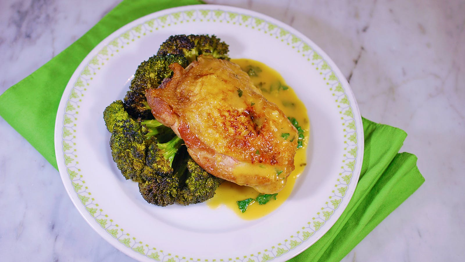 8 & $20: Roasted Chicken Thighs With Broccoli