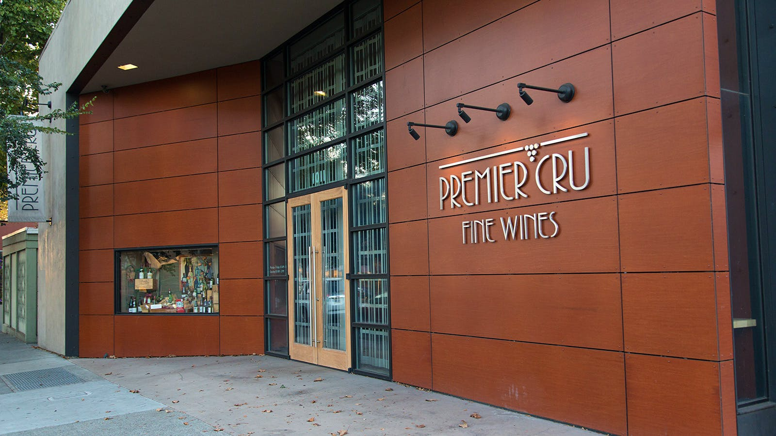 Facing Irate Consumers and Possible Bankruptcy, California Wine Store Closes Its Doors