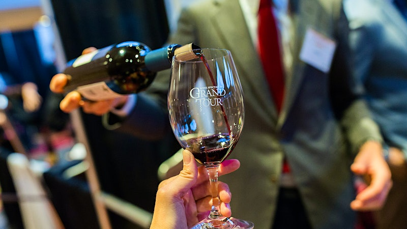 A Journey Through the World of Great Wine at the 2016 Grand Tour