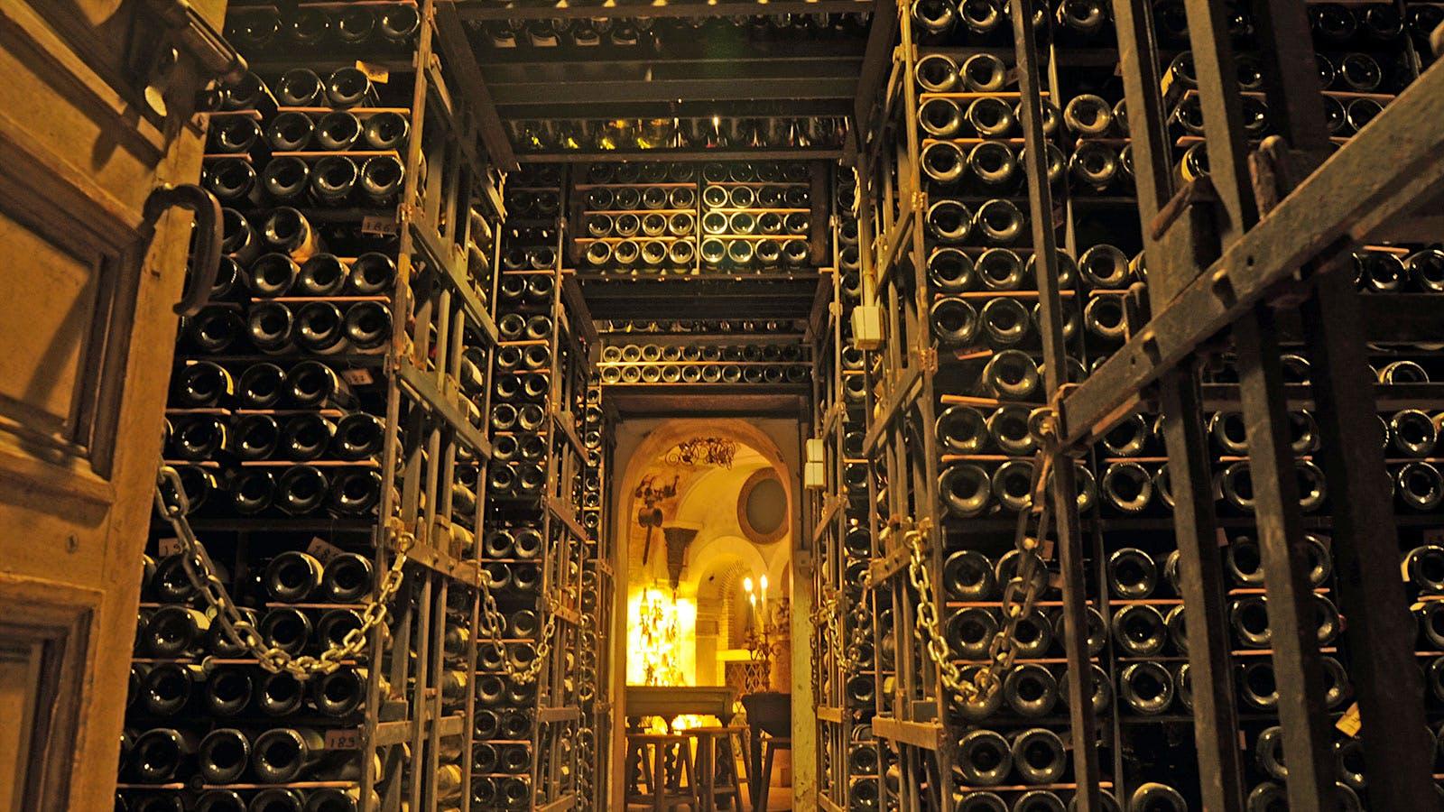 10 Restaurants with Huge Wine Lists