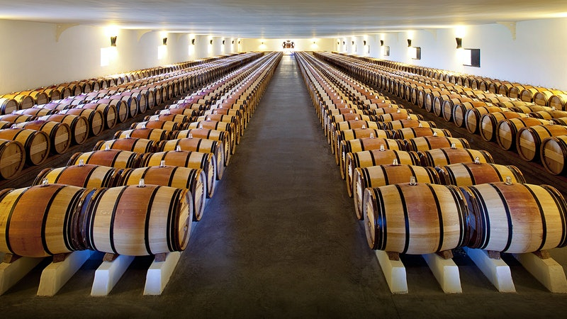 2017 Bordeaux Barrel Tastings: Top Dry Whites