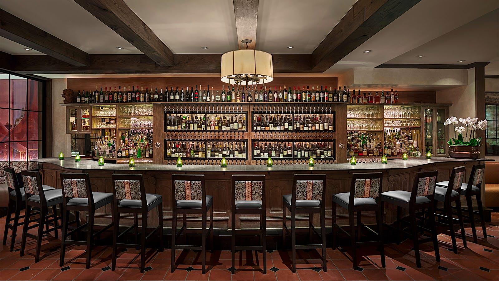 10 Spectacular Wine Restaurants in Philadelphia