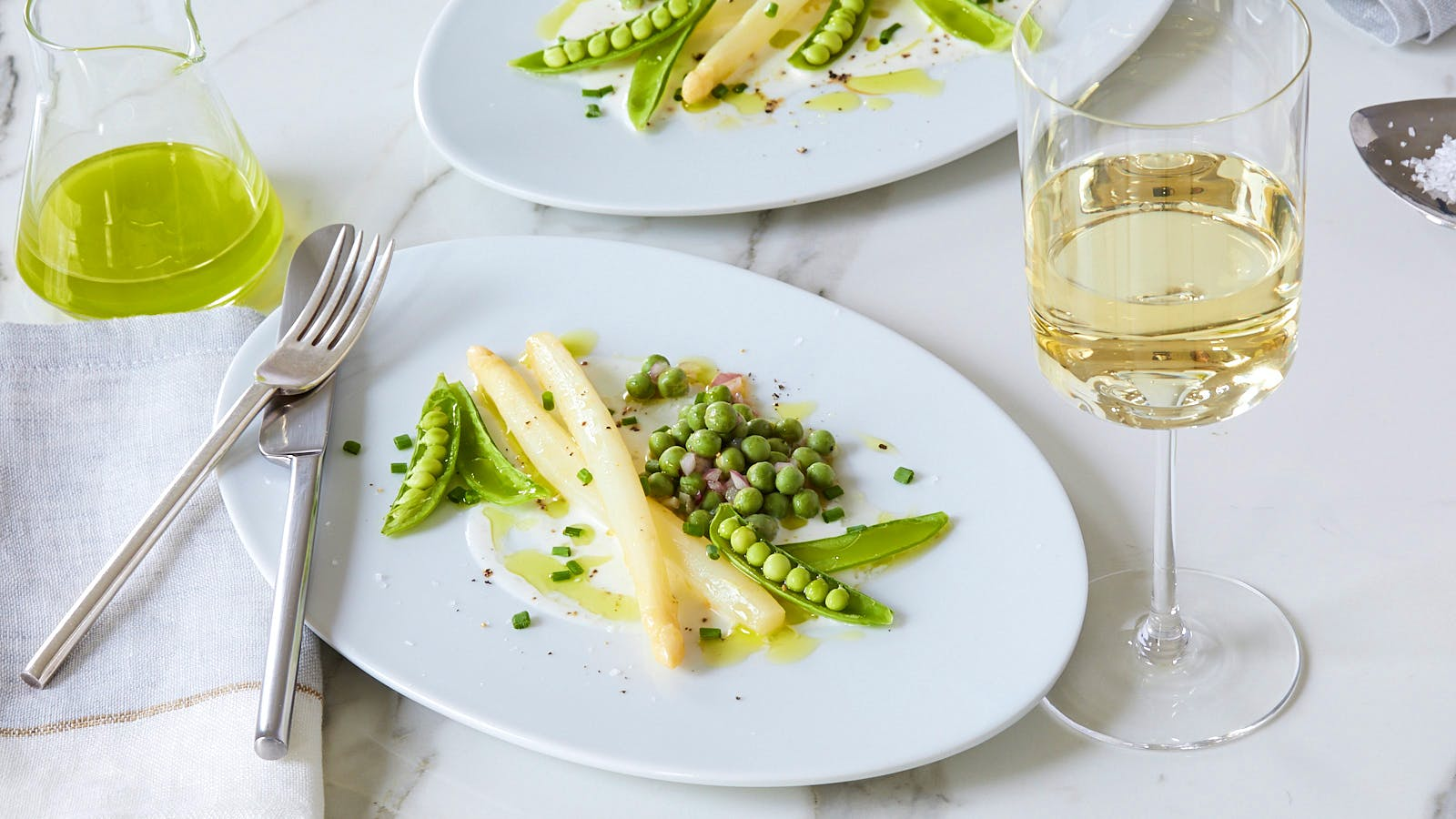 Perfect Match Recipe: White Asparagus with Peas, Chive Oil and Buttermilk Dressing