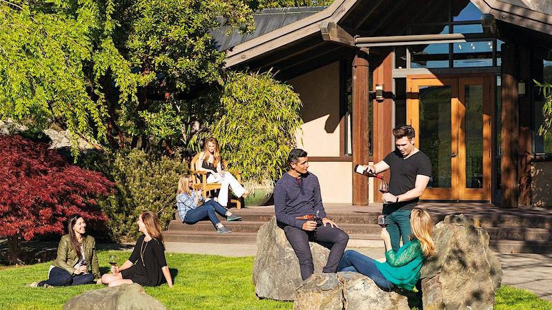 Travel Tip: Exploring Sonoma's Pinot Stars!