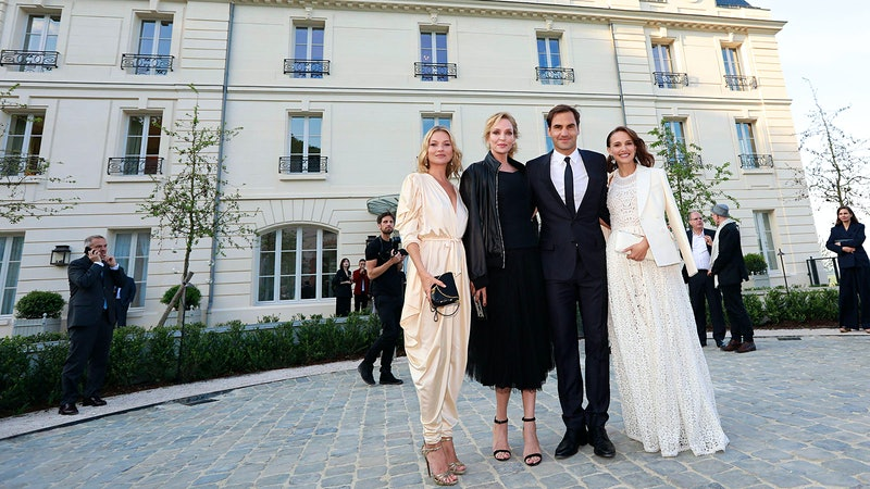 Roger Federer, Natalie Portman Wish Moët Imperial a Happy 150th; Presents Include New Château