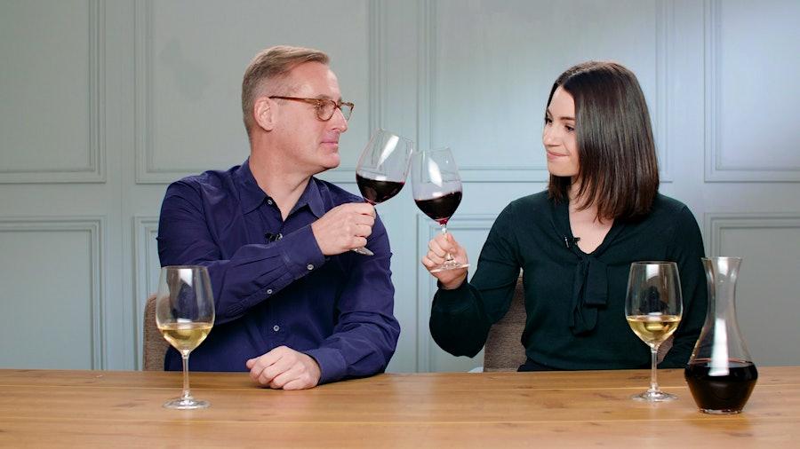 James Molesworth and Julie Harans toasting Bordeaux wine