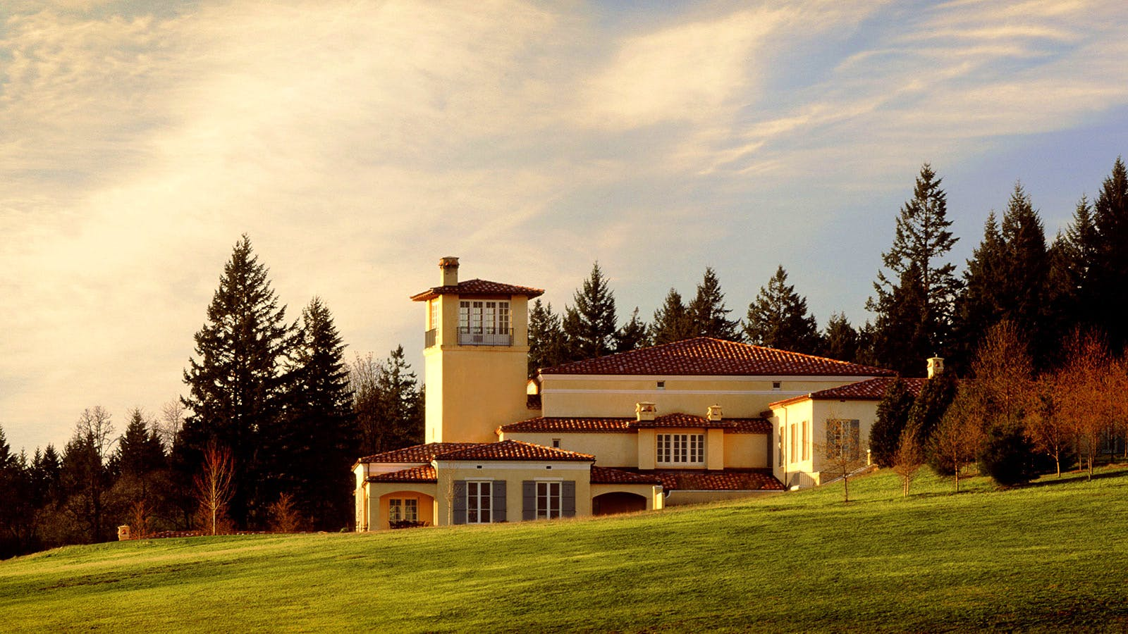 Oregon Wineries Open Doors
