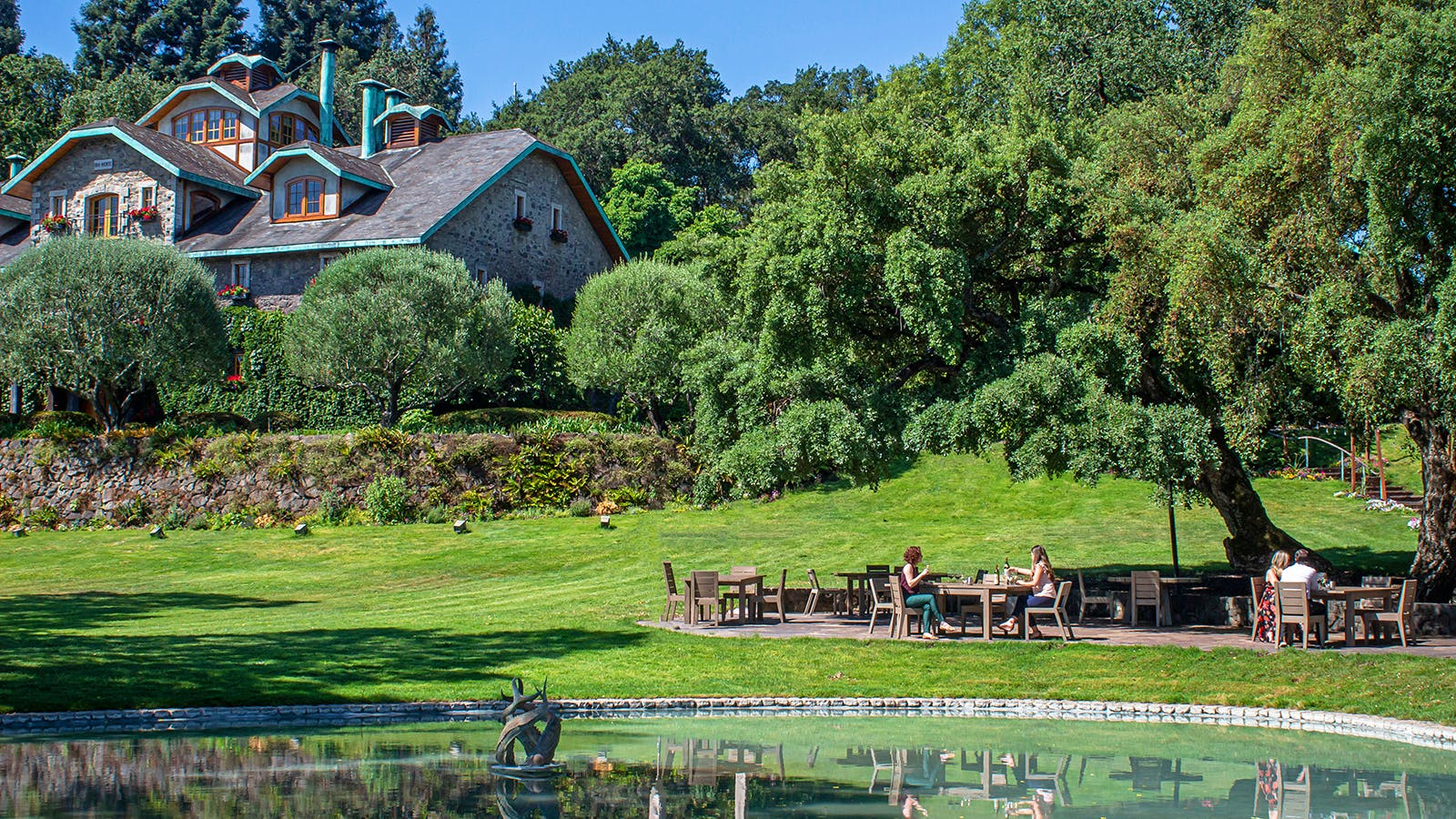 California Gives Napa Wineries a Green Light to Reopen