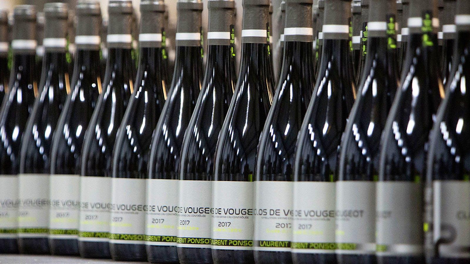 Burgundy's <i>Haute-Couturier</i>