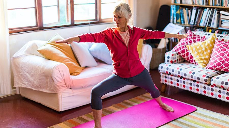 那天早上瑜伽例行或骑自行车可以显著降低你患癌症的风险。