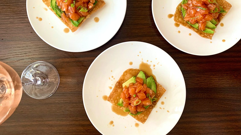 8 & $20: Salmon Tartare, Avocado and Wonton Chips with Rosé