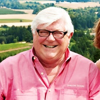 Ken Evenstad and his wife, Grace, fell in love with Oregon wine and threw themselves into it wholeheartedly.Ken Evenstad, Co-Founder of Oregon's Domaine Serene Winery, Dies at 77