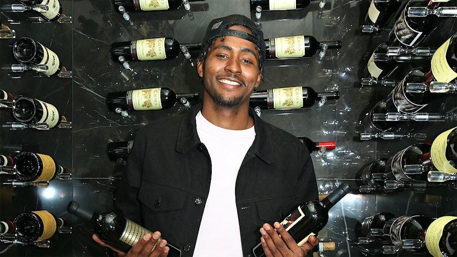 二对一:萌哈克利斯在他从囚徒葡萄酒公司一些新宠瓶的酒窖金宝博手机