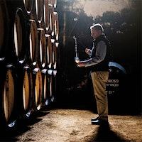 研究人员发现,像Lustau酒厂这样的生产商生产的雪利酒可能对心血管有益。一杯雪利酒可以改善心血管健康