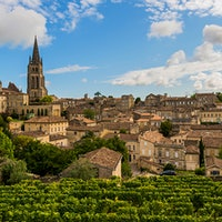 Located on Bordeaux's Right Bank, St.-Emilion's vineyards are a source for famed wines and terrific values.8 Exciting Bordeaux Values Up to 90 Points