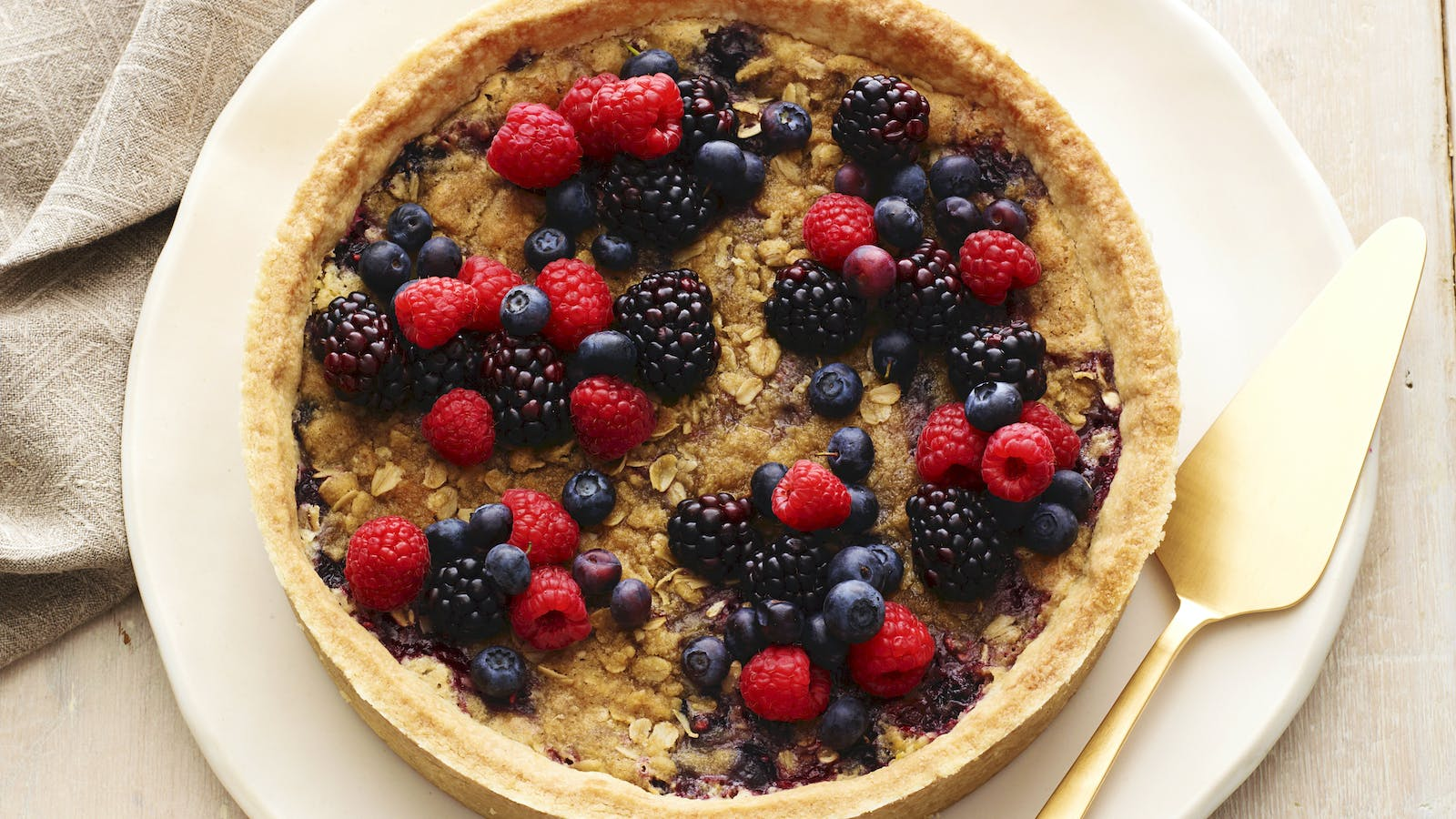 Mixed Berry Tart with Oatmeal Streusel