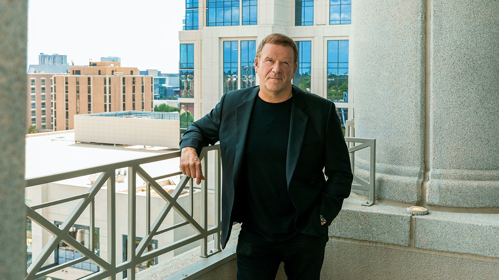 SND: Tilman Fertitta to Take Restaurant Empire Public