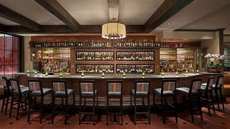 9 Spectacular Wine Restaurants in Philadelphia