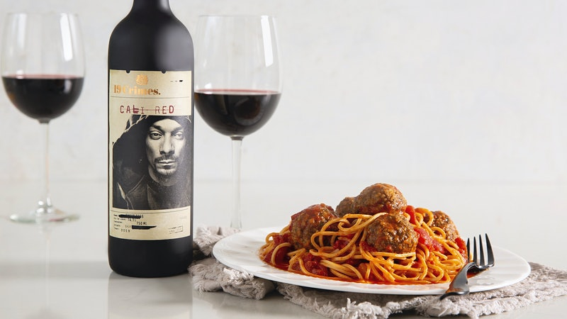 Wine and Dine Like the Doggfather: Snoop Dogg's Recipes Go Digital
