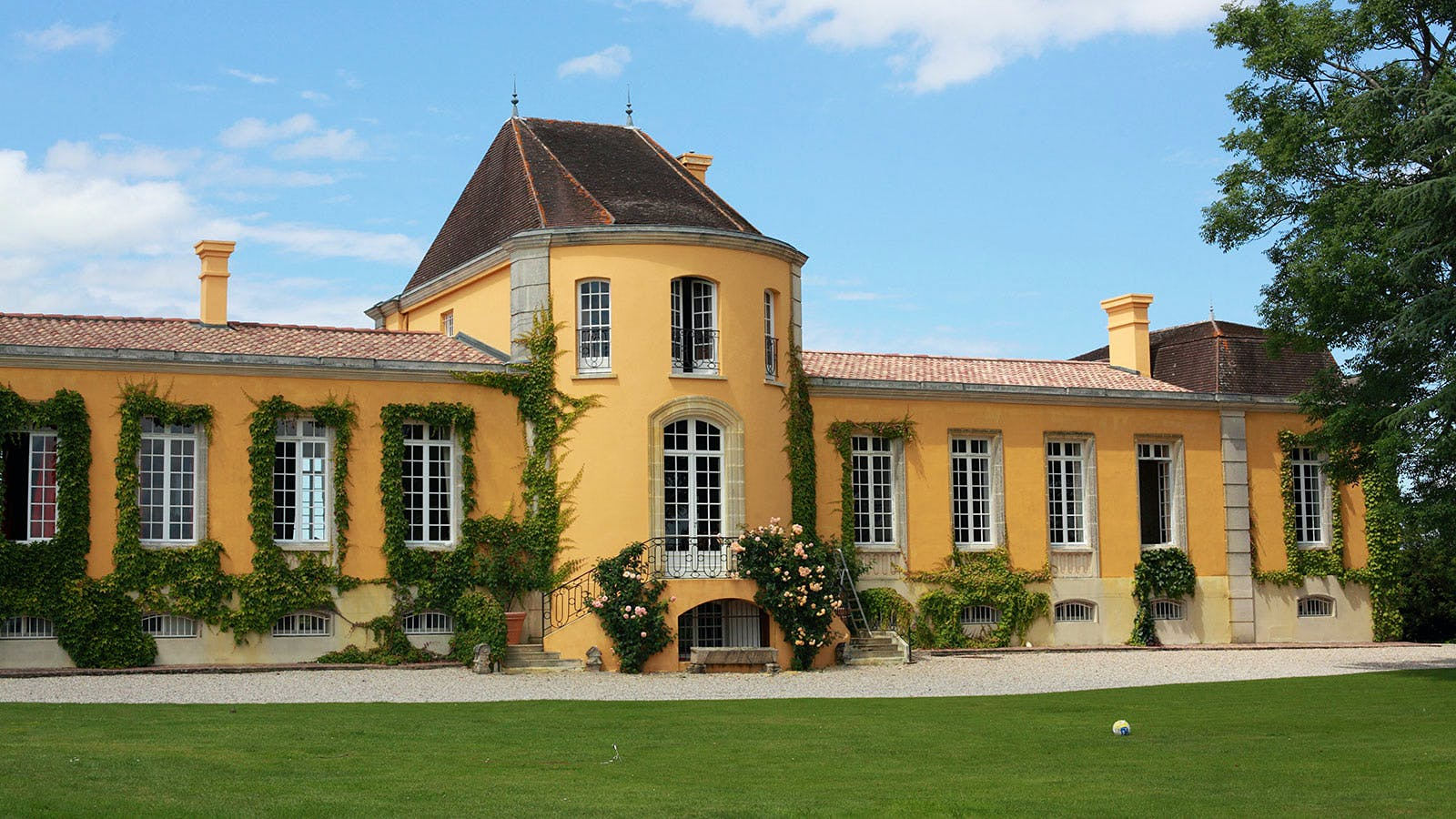 Tesseron Family Sells Bordeaux's Château Lafon-Rochet