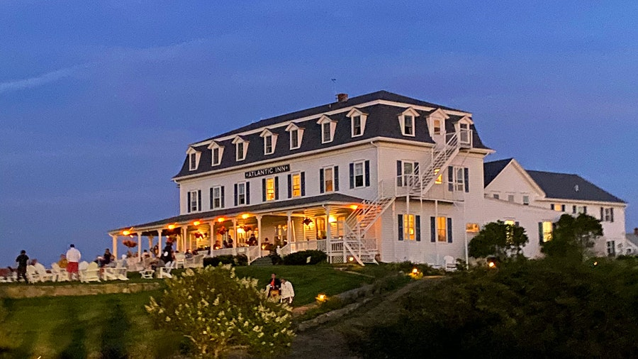 Rhode Island's Atlantic Inn boasts a Best of Award of Excellence–winning dining room, Restaurant 1879, named after the opening year of the historic property.