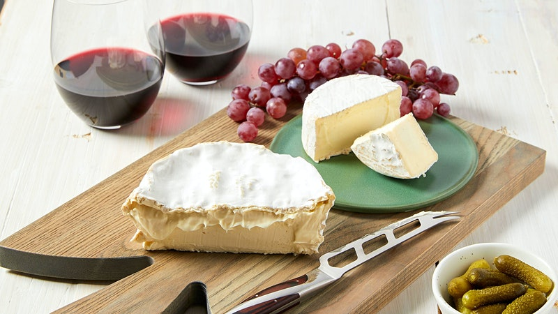 Wine & Cheese May Help Bolster Cognitive Health