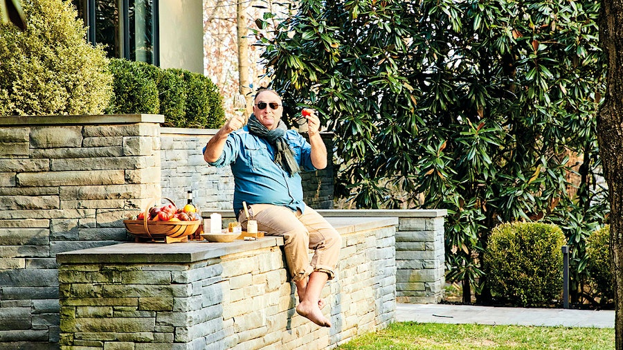 Restaurateur, humanitarian and omnivore José Andrés has dedicated his new cookbook to his love of vegetables, not just for personal and environmental health, but also for pleasure.